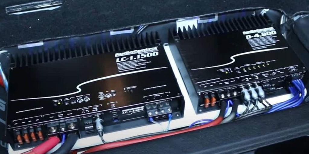 Linking 2 Amplifiers To One RCA Jack