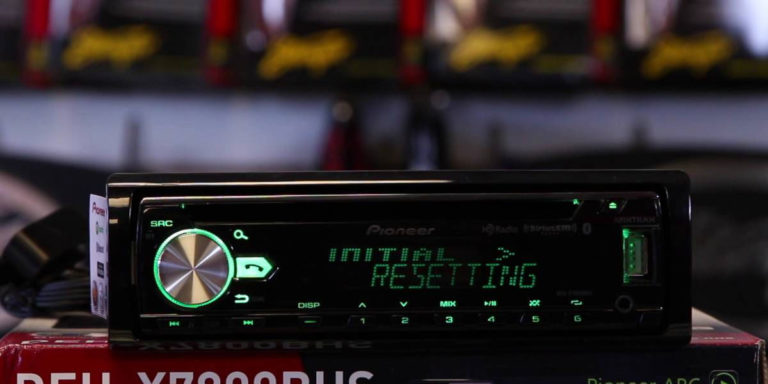 Why Does My Car Stereo Keep Resetting